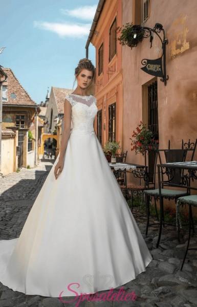 Abito da sposa economico online elegante e raffinato