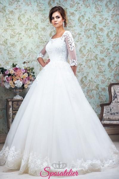 abito da sposa con maniche tre quarti in pizzo collezione 2018