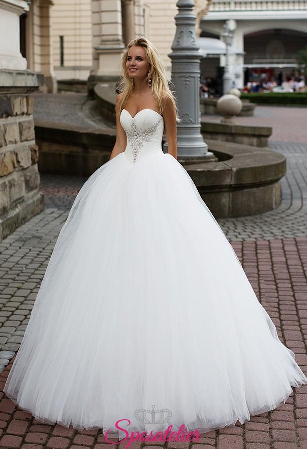 d1b948b557fb abito da sposa da principessa con corpetto ricamato collezione 2018
