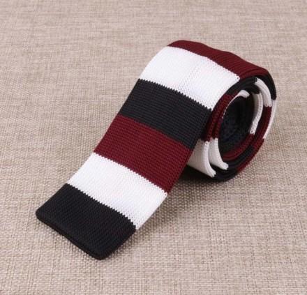 cravatta maglia moda