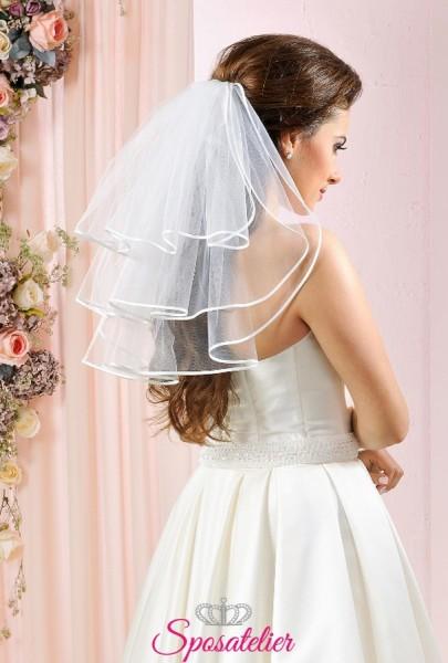 velo da sposa corto tre strati con bordo in raso economico