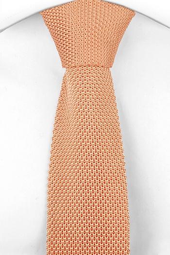 cravatta modello maglia colore salmone