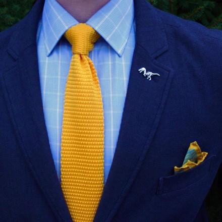 cravatta gialla a maglia tricot