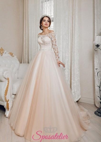 abiti da sposa stile principessa con gonna colorata a contrasto con il corpetto