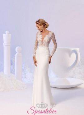 vestiti da sposa a sirena con scollatura profonda e maniche lunghe di pizzo