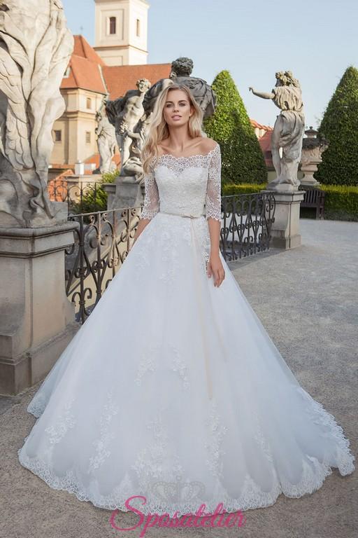 53f6ee489a5a vestiti da sposa principessa con coprispalle a barchetta di pizzo online  economico