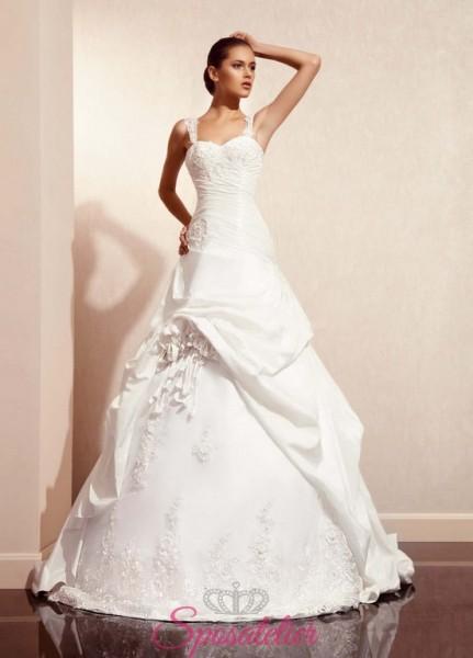 vestito da sposa particolare dal taglio classico economici online