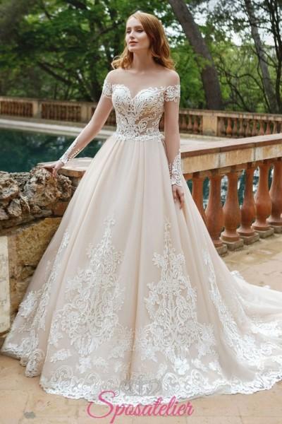 vestito da sposa principessa colorato con applicazioni di pizzo vendita online
