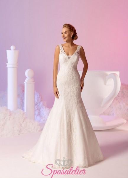 vestito da sposa a sirena elegnate con pizzo delicato e scollo a cuore