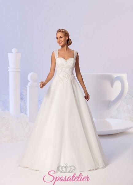 buy online 3cb2e 080bf abiti da sposa semplici ed eleganti con decori particolari 2018