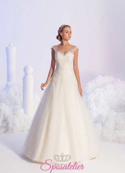 Maria Assunta – abiti da sposa semplici con scollatura trasparente