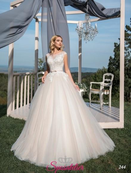 abiti da sposa online da principessa con gonna di tulle corpetto di pizzo