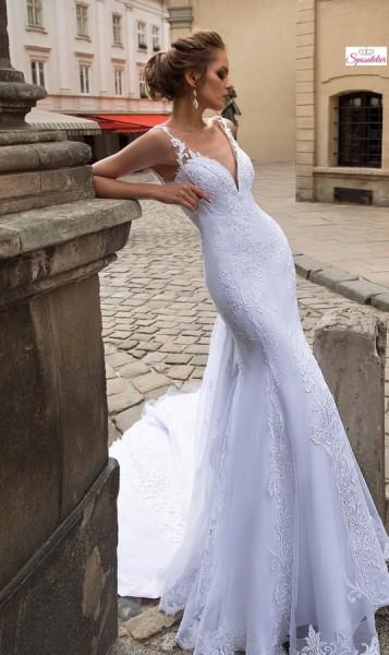 abiti da sposa a sirena in pizzo scollato con strascico lungo 2019