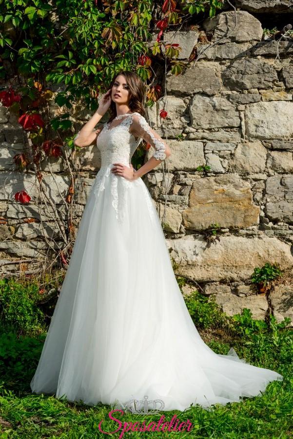 b75be480f4f7 abiti da sposa con maniche tre quarti da principessa con gonna di tulle