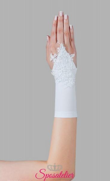 guanti sposa in Lycra raso e ricami di pizzo senza dita online