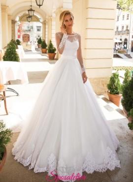 abiti da sposa 2019 con corpetto ricamato e maniche lunghe online