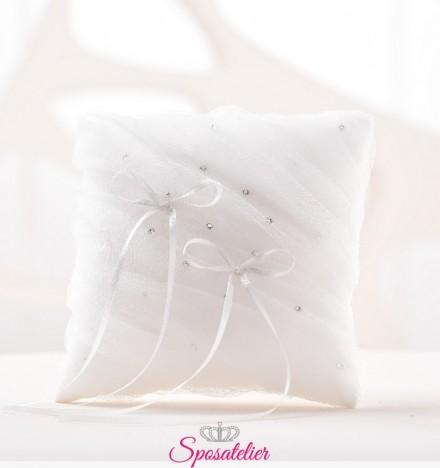 cuscini portafedi ricamati a mano vendita online bianco o avorio