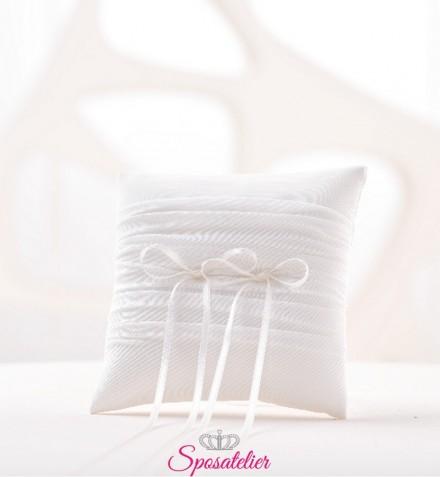 cuscino portafedi matrimonio semplice colore bianco o avorio