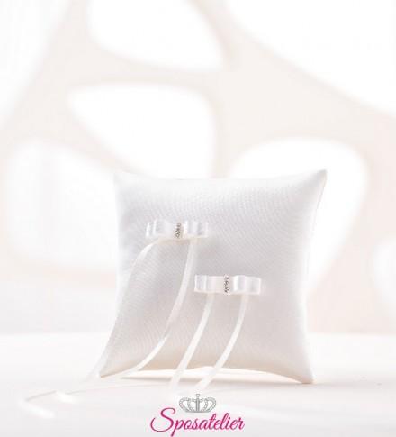cuscino portafedi semplicissimo moderno colore bianco o avorio