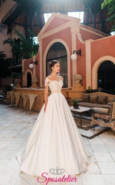 Edera- abito da sposa particolare in raso con maniche di pizzo corte collezione 2019