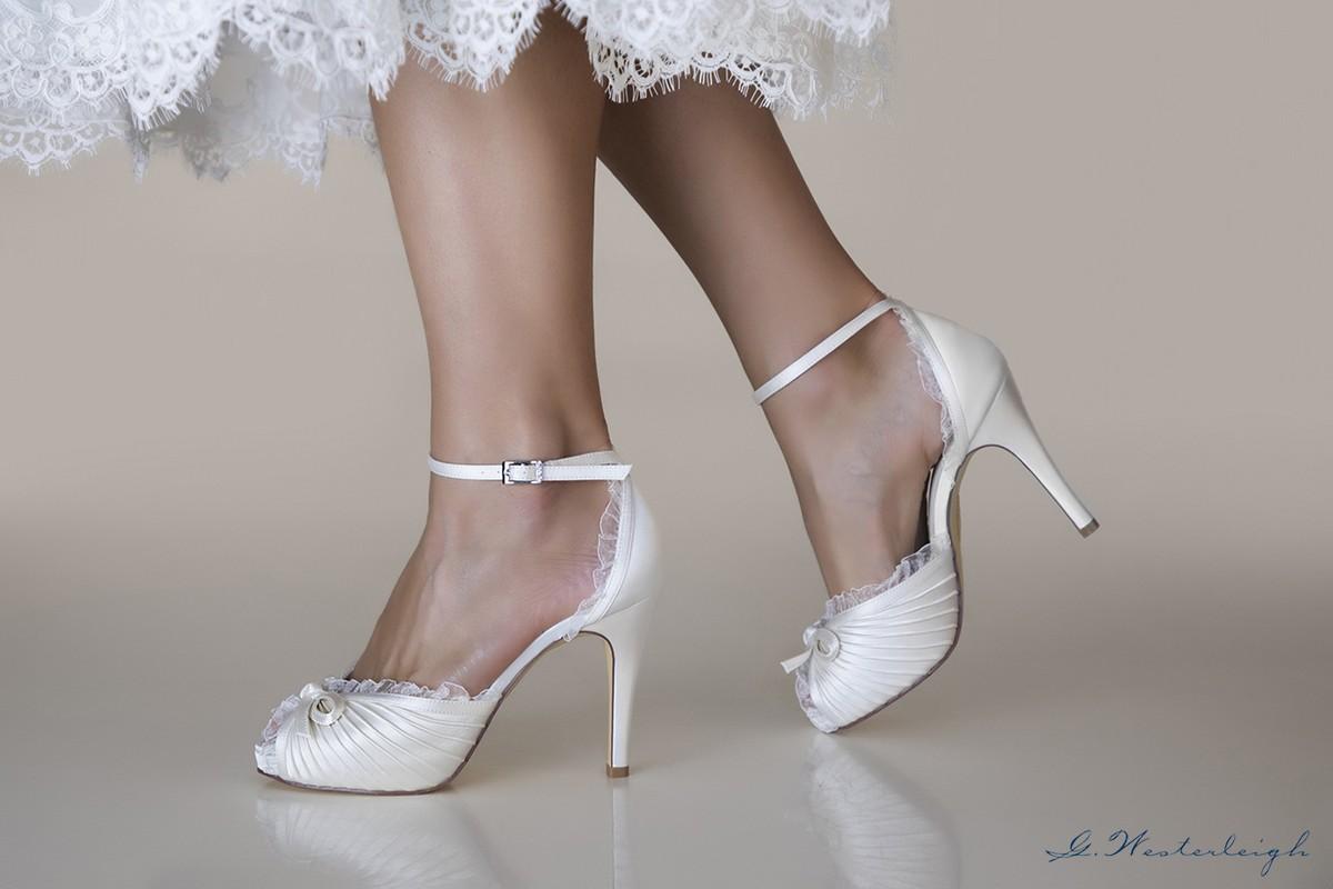 Scarpe Sposa Fiocco.Sandalo Sposa 2019 Tacco Alto 11 Cm Con Fiocco Sul Davanti E Bordi