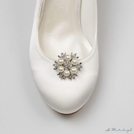 clips gioiello per scarpe sposa online con decorazioni di perle e strass