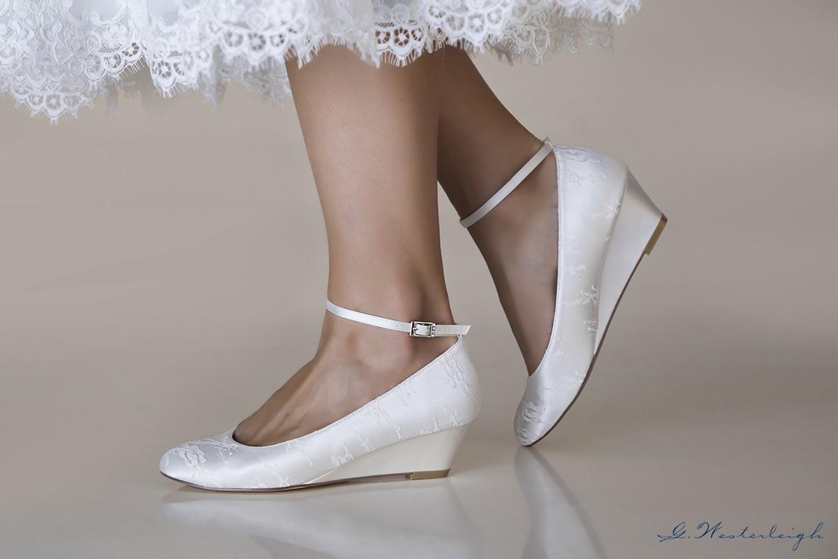 Scarpe Zeppa Sposa.Scarpe Da Sposa Con Zeppa Tacco 5 Nuova Collezione 2019sposatelier
