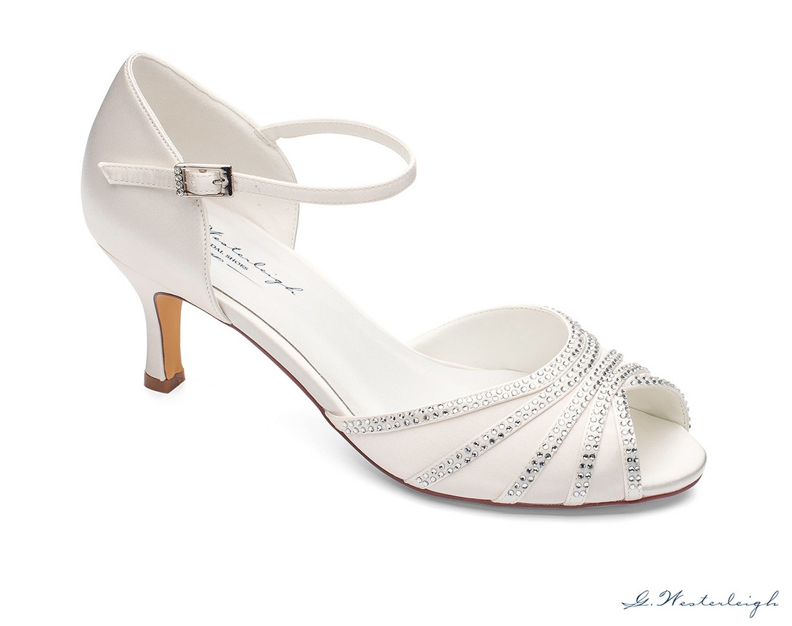 Scarpe Sposa Tacco 6 Cm.Scarpe Da Sposa Spuntate Eleganti Tacco 6 Collezione 2019sposatelier