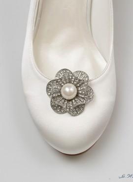 applicazioni per scarpe sposa online con decorazioni di perle e strass