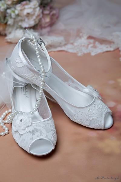scarpe da sposa tacco basso 3 cm ricamate in pizzo floreale