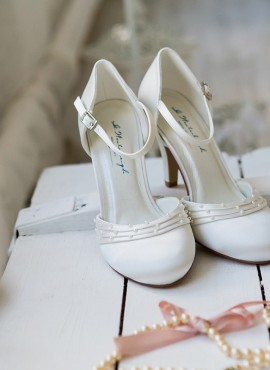 scarpe da sposa classiche eleganti collezine 2019 tacco 8
