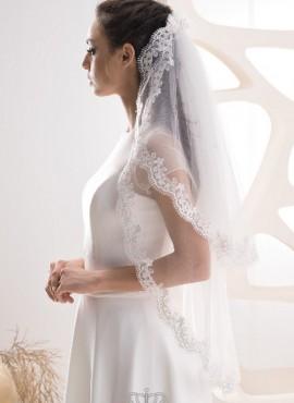 velo da sposa con calata in pizzo corto collezione 2019