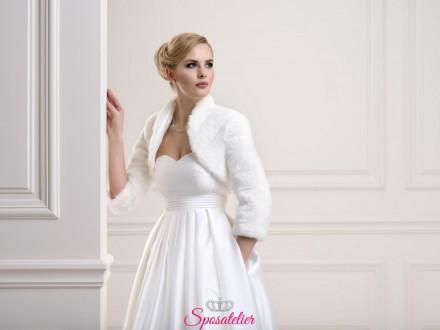 Coprispalle sposa di pelliccia con maniche lunghe collezione 2019