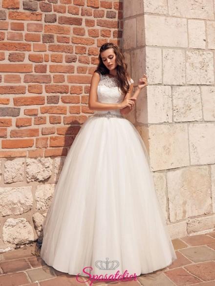 abito da sposa A line con scollatura di pizzo vendita online