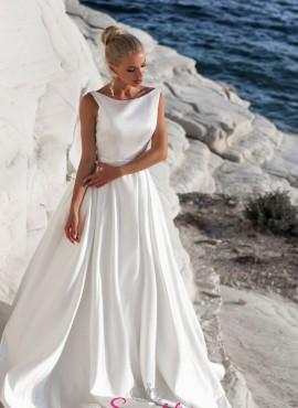 abito da sposa con strascico removibile con fiocco collezione 2019