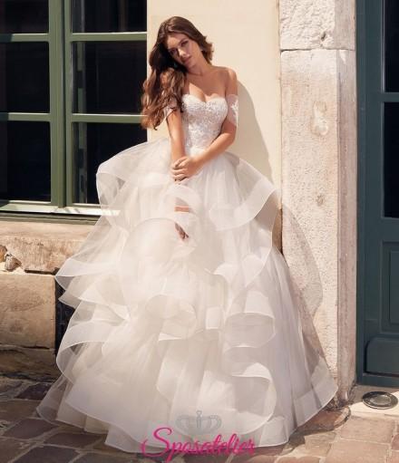 abito da sposa bellissimo con gonna a balze particolare collezione 2019