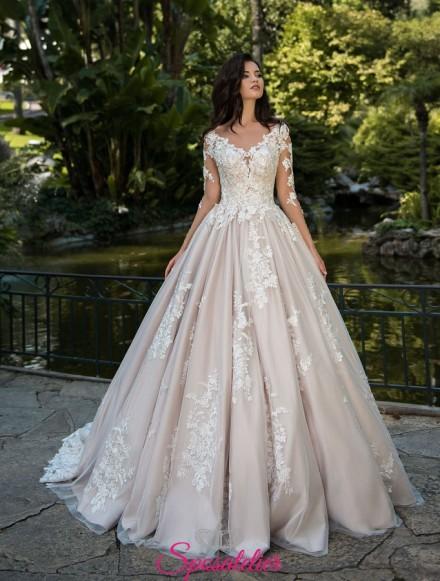 vestiti da sposa principessa particolari ricamati con strascico lungo personalizzati