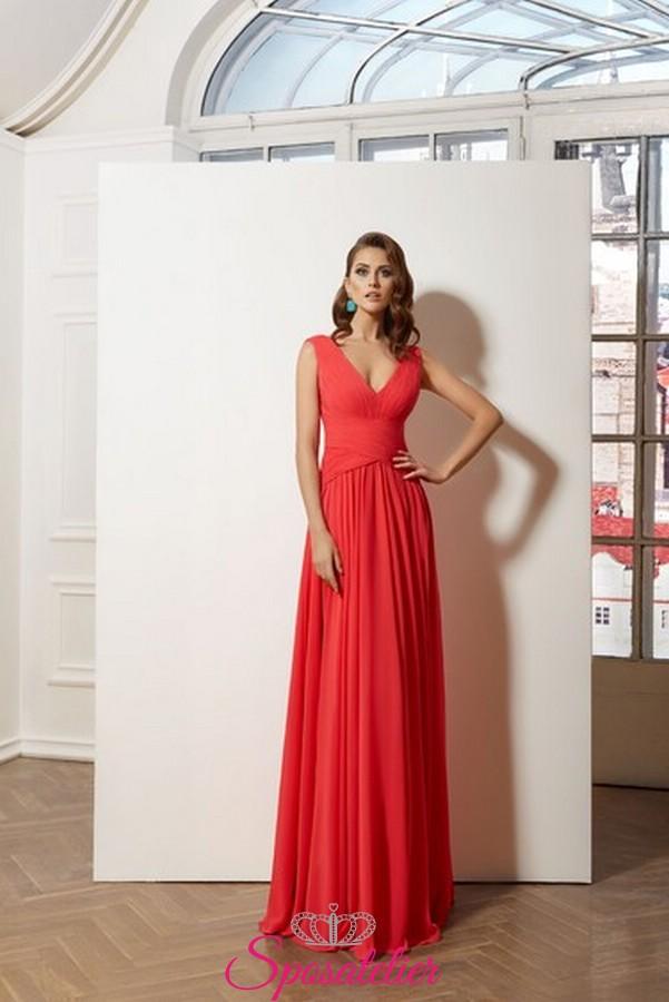 bf63b6fcee59 Corallo Chiffon Tendenza Cerimonia In Color Online Lunghi Di Vestiti Da  VMzpSU