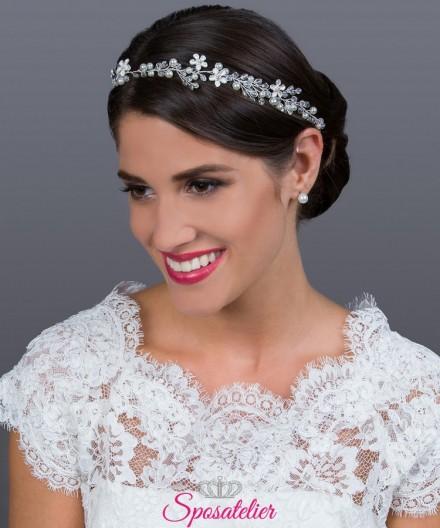 acconciatura capelli  sposa 2019  in argento con strass