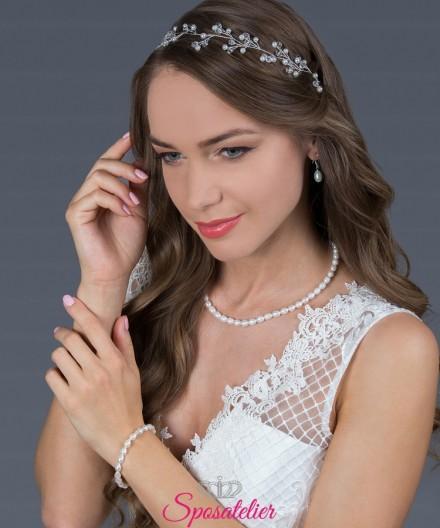 acconciatura online per capelli da sposa con perle color avorio