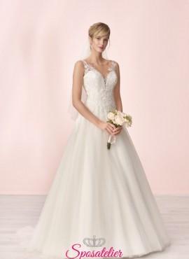 vestito da sposa economico online con scollo a cuore e ricami in pizzo collezione 2020