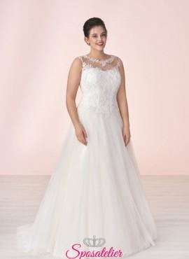 abiti da sposa economici taglie comode collezione 2019 con scollo tondo