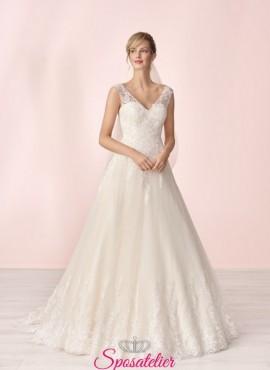 abiti da sposa online con ricami in pizzo collezione 2020
