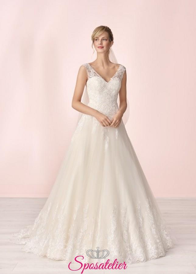 bf1c7a5b8236 abiti da sposa online con ricami in pizzo collezione 2020Sposatelier