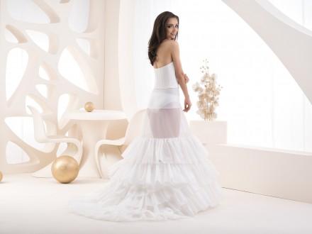 Sottogonna per abito da sposa con strascico 2020  COD.R20 270