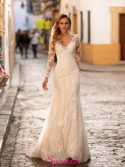 abiti da sposa 2021 ricamato con pizzo sulla gonna e maniche lunghe