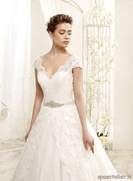 Tea- abito da sposa di pizzo e tulle cintura in vita con strass collezione 2022