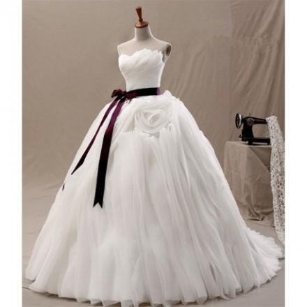 Divina Abito da sposa modello principessa